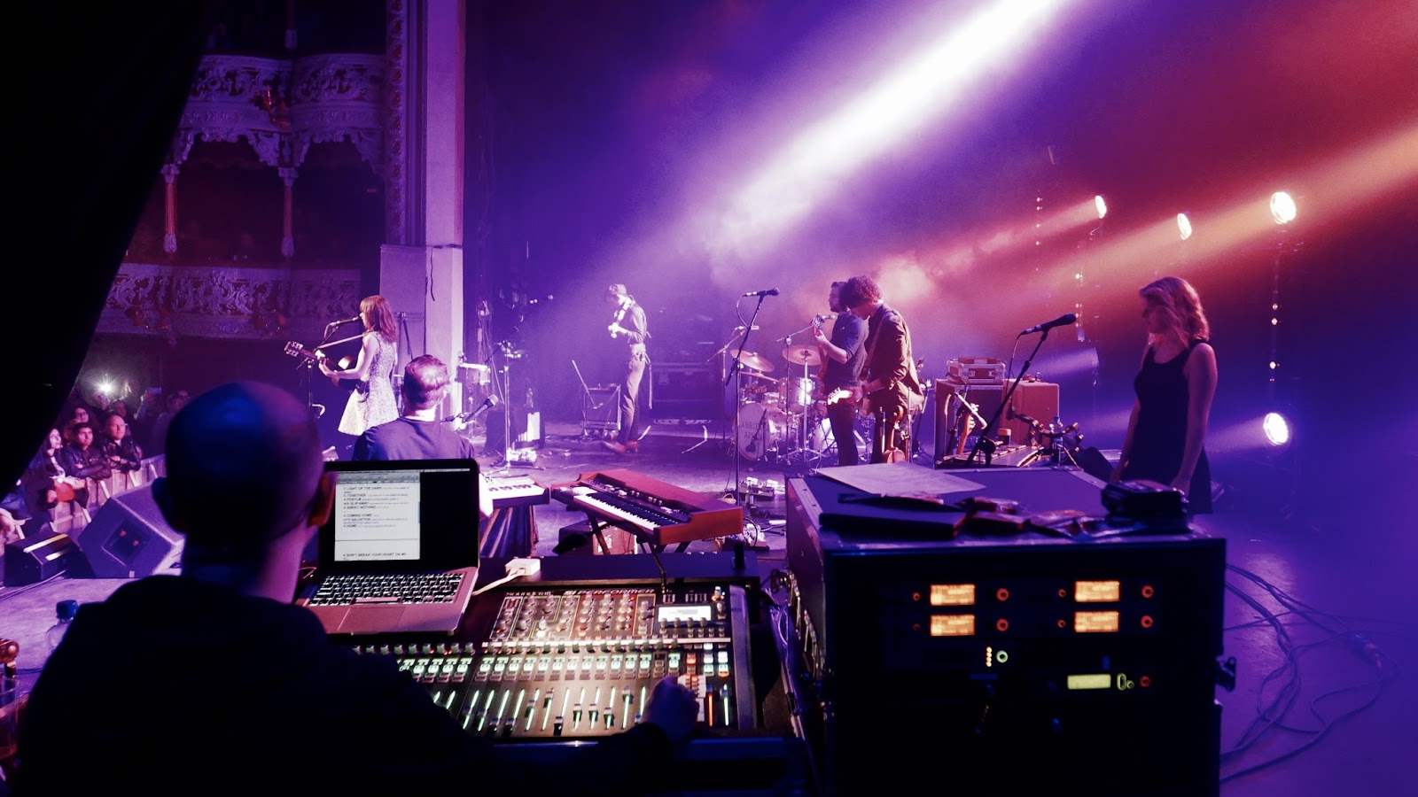 Soundcraft_Gabrielle Aplin_03.jpg