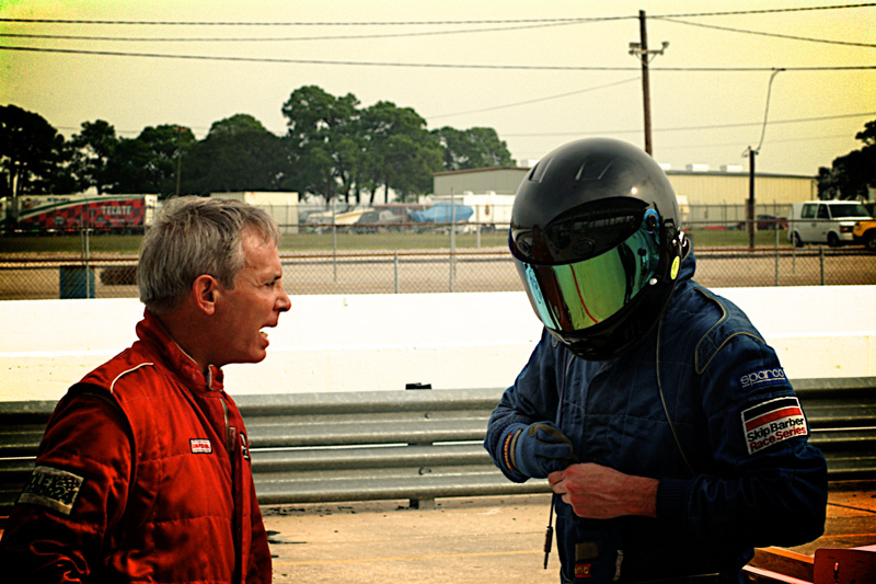 2003-02-SEBRING-PitLecture_Aperture_preview.jpg