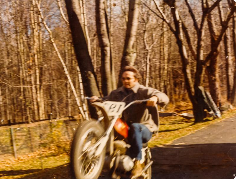 1978-11_PopAtKeensWheelie_152777.jpg