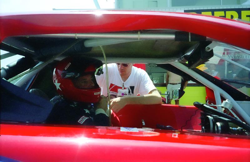 1999-08-GT1@DAYTONA-BobBeltingIn_Aperture_preview.jpg