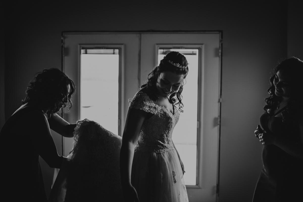 KC Wedding-063-IMG_1354.jpg