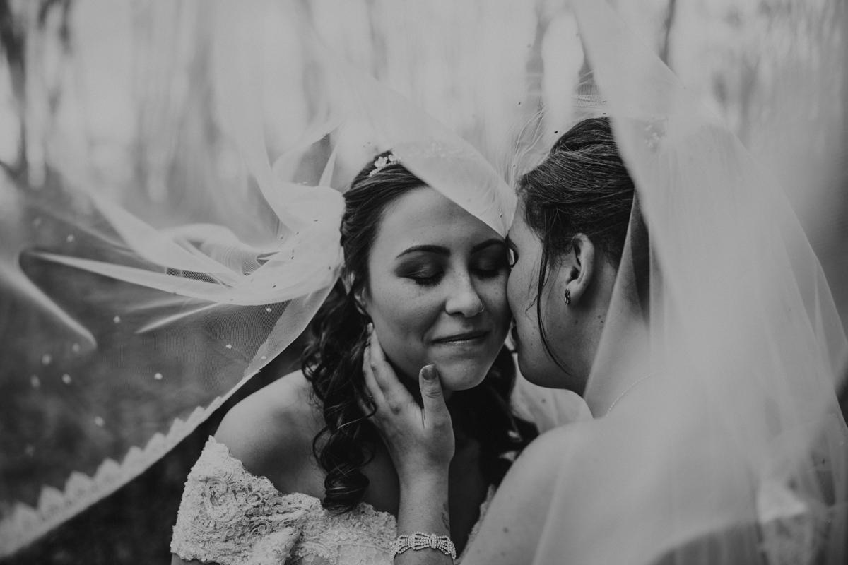 KC Wedding-095-IMG_2200.jpg
