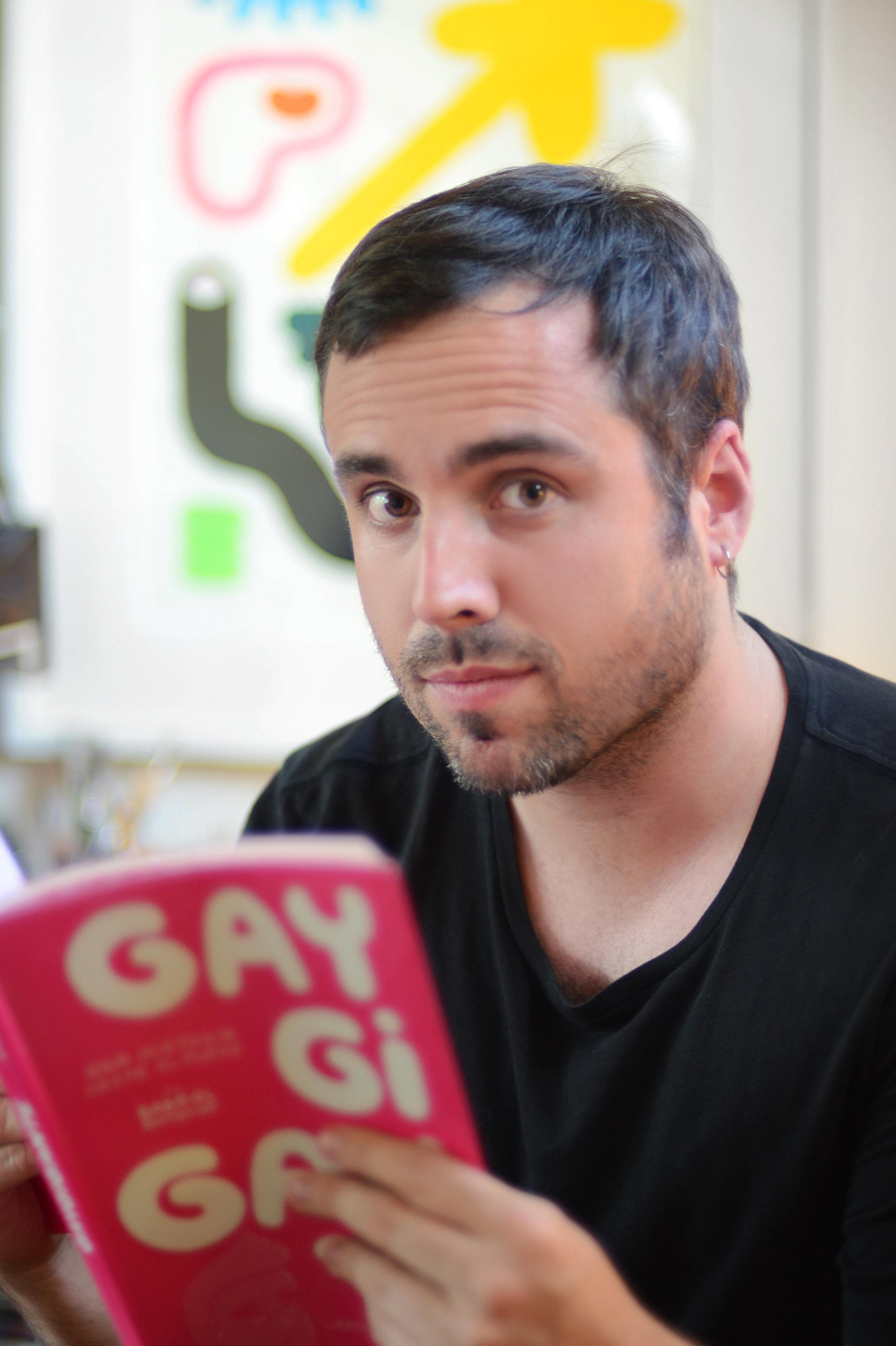 Gabriel Ebensperger Gay Gigante 03.jpg