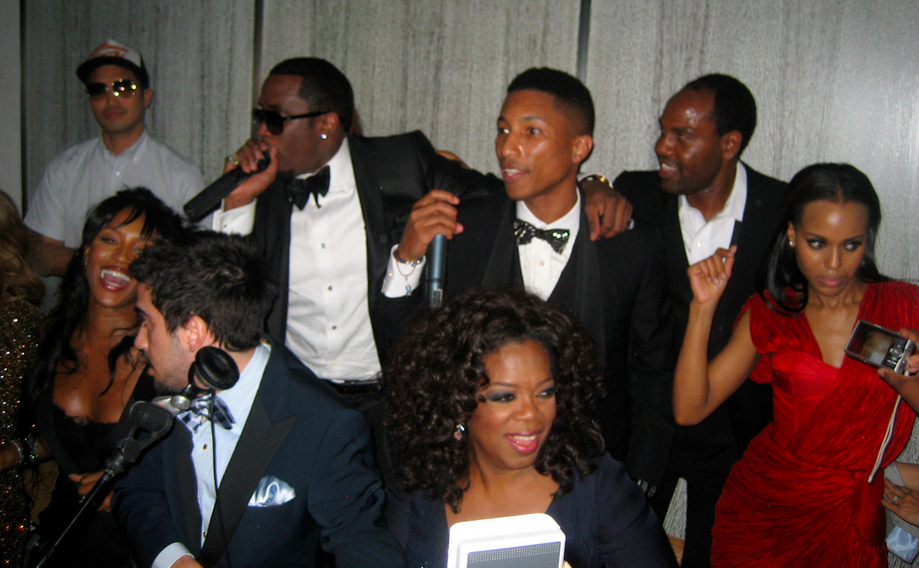 Naomi, Diddy, Pharrell, Oprah, and Kerry Washington. Unreal party.