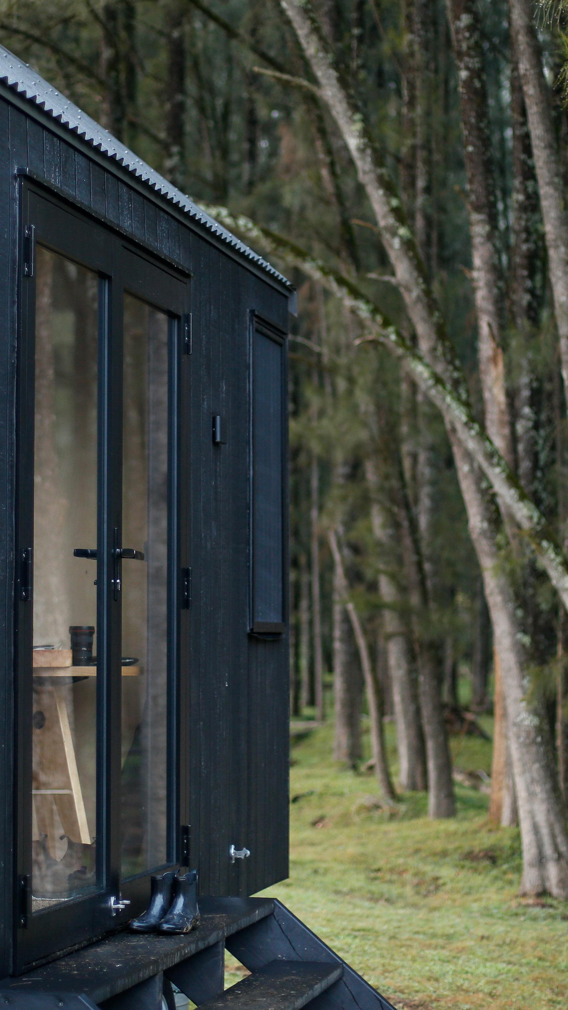 barrington-cabin-fresh-prince11.jpg