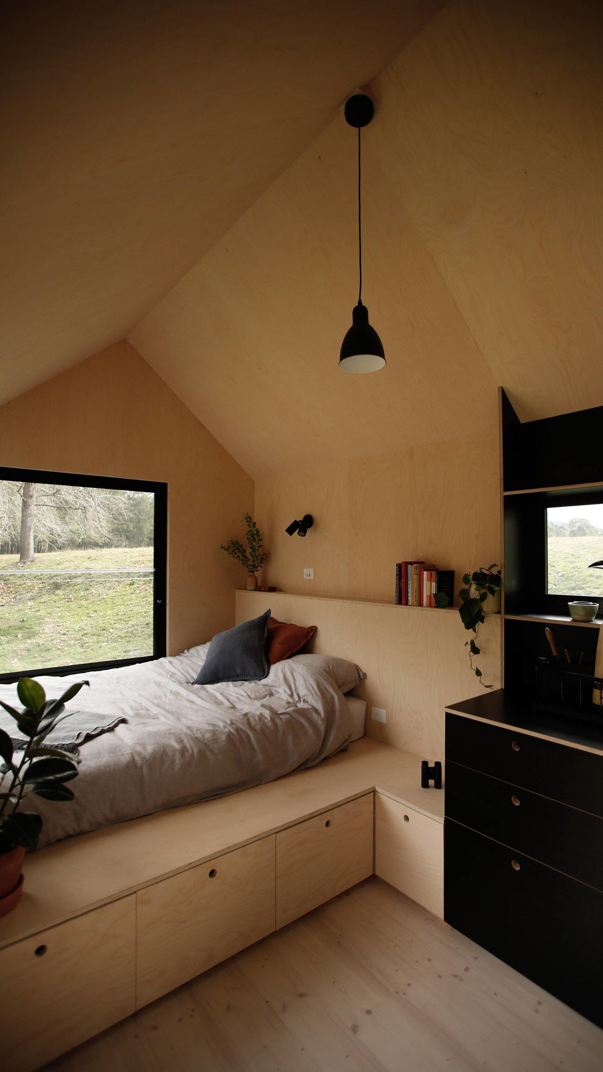 barrington-cabin-fresh-prince32.jpg