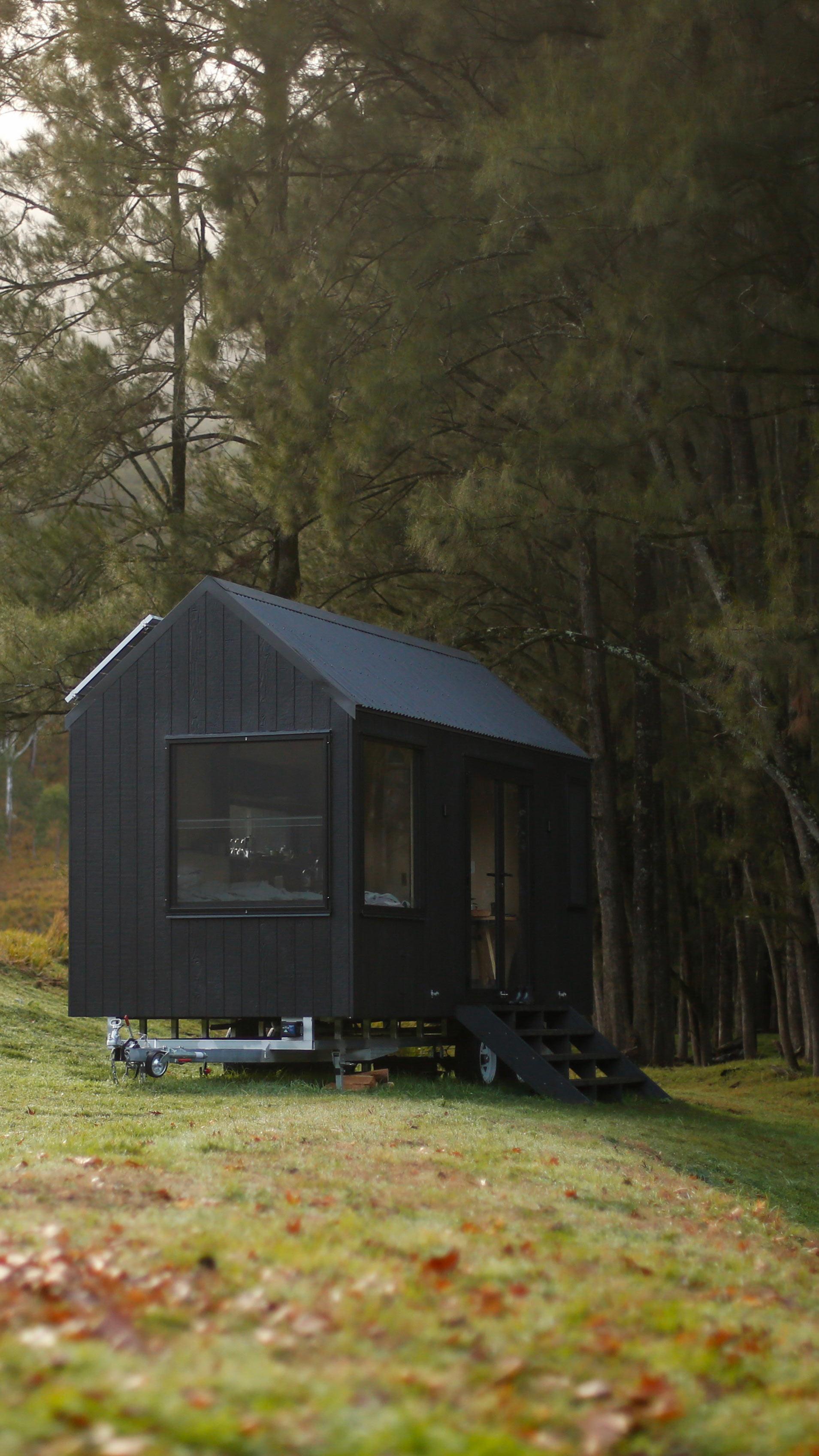 barrington-cabin-fresh-prince33.jpg