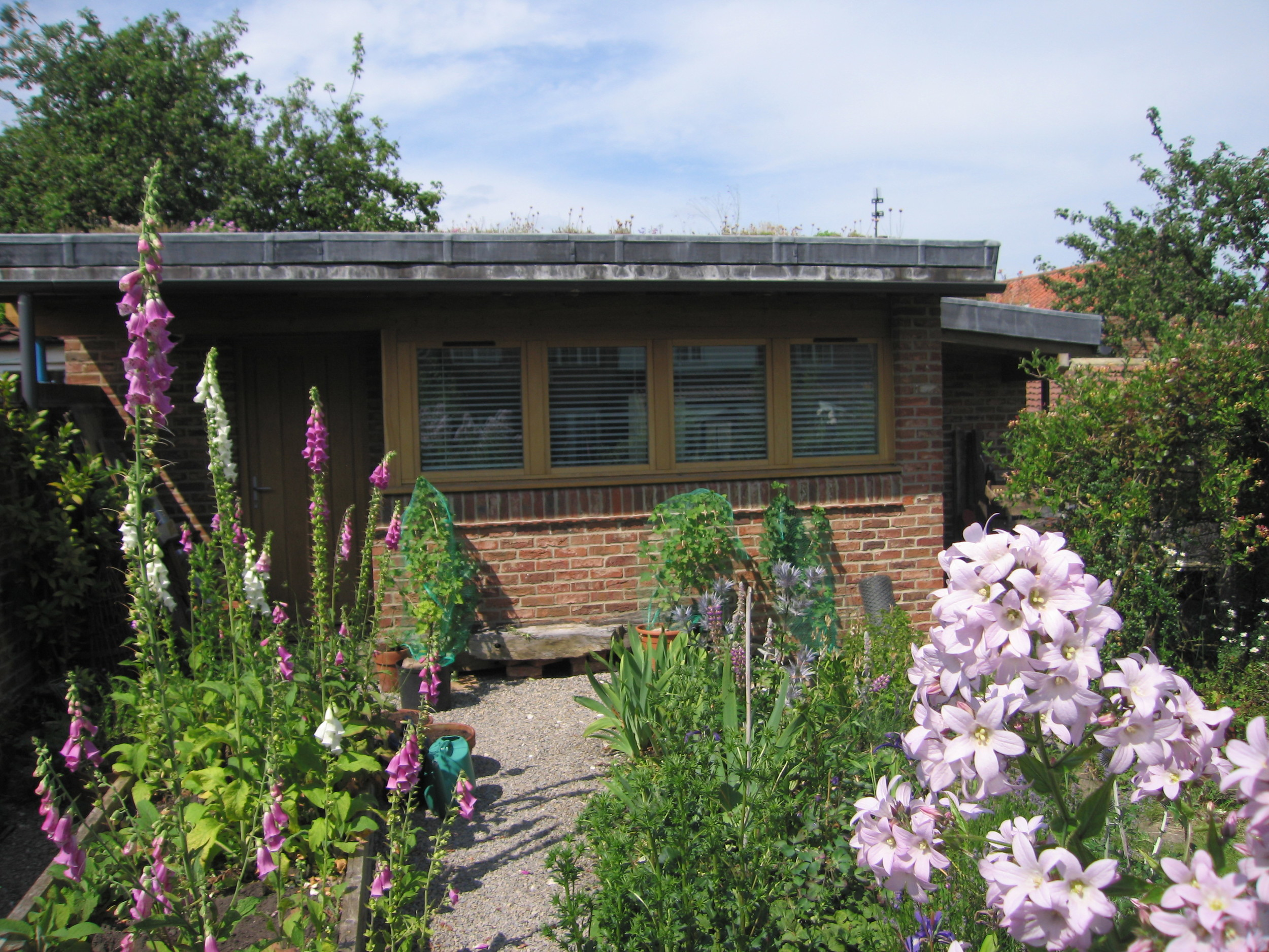 New Garden Studio
