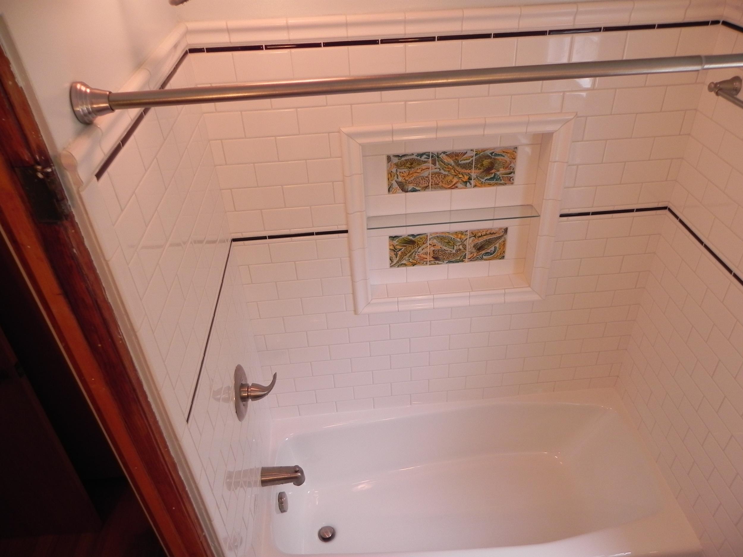 """24"""" x 24"""" recessed niche in tub surround"""