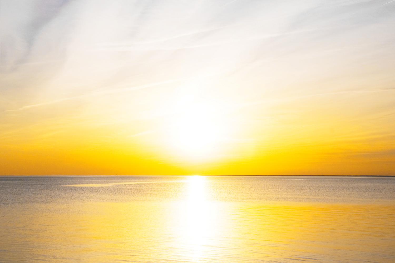 the golden glow of the sun_b.jpg