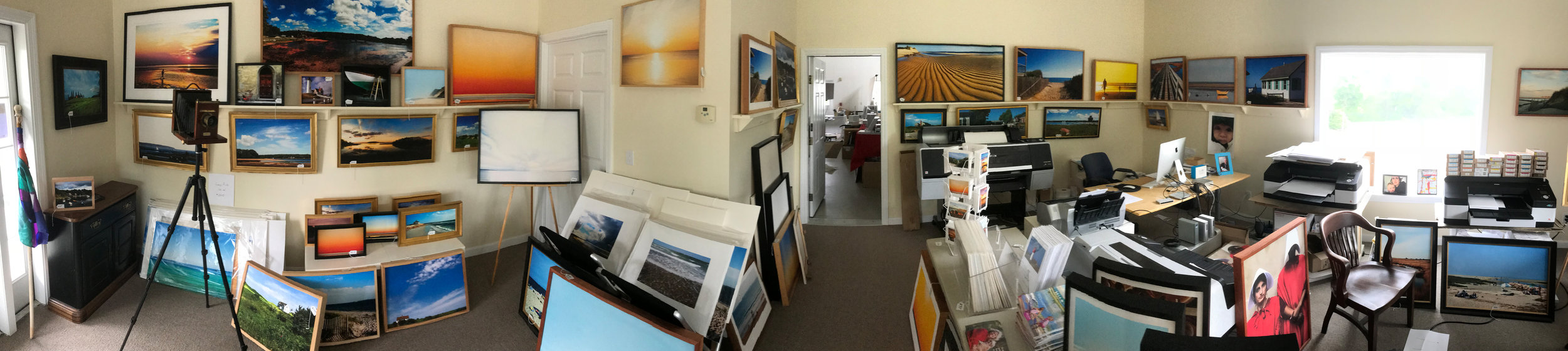Robert_Manz_Studio_panorama_small.jpg