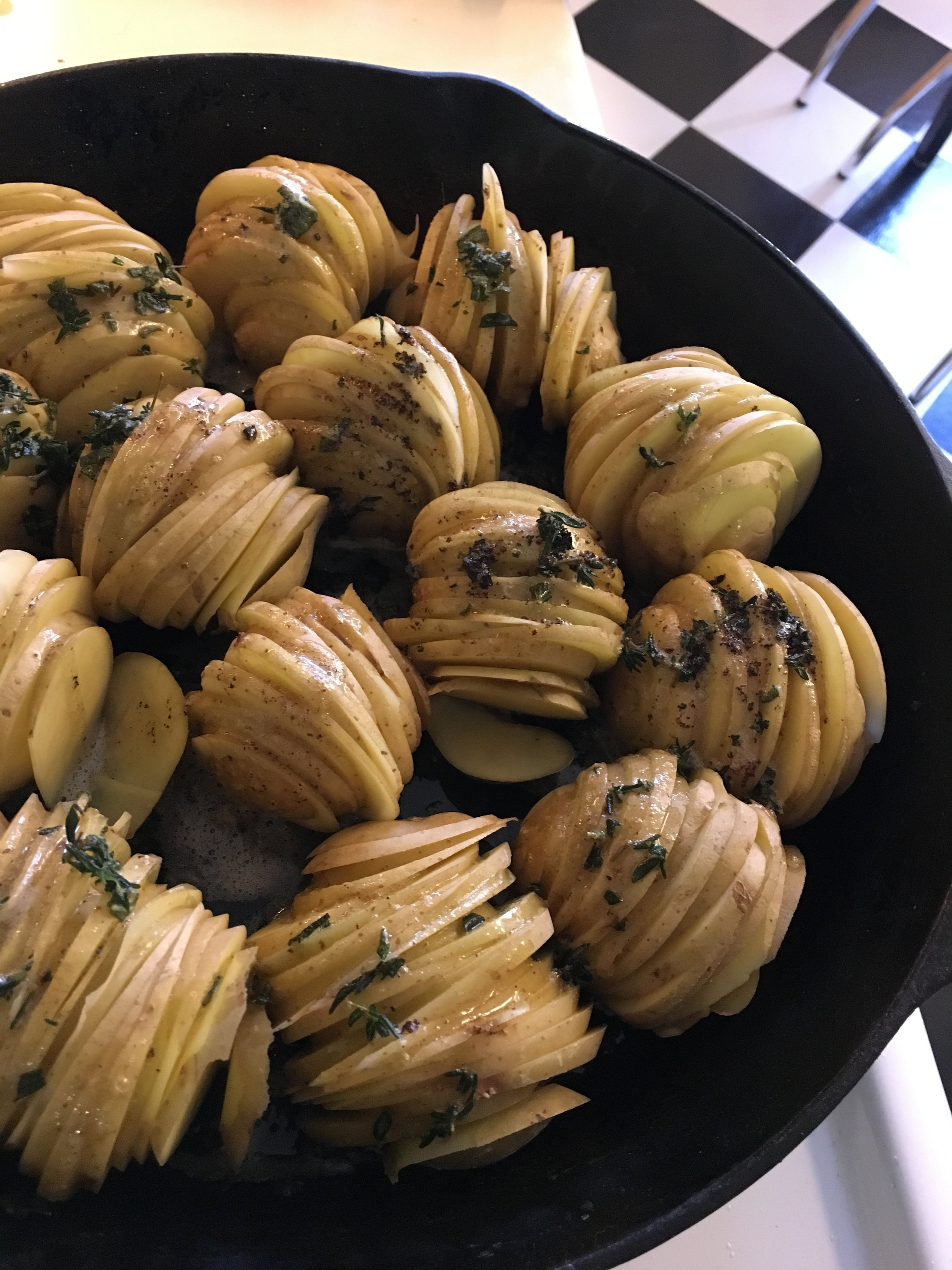 My first time making hasselback potatoes. A real success!