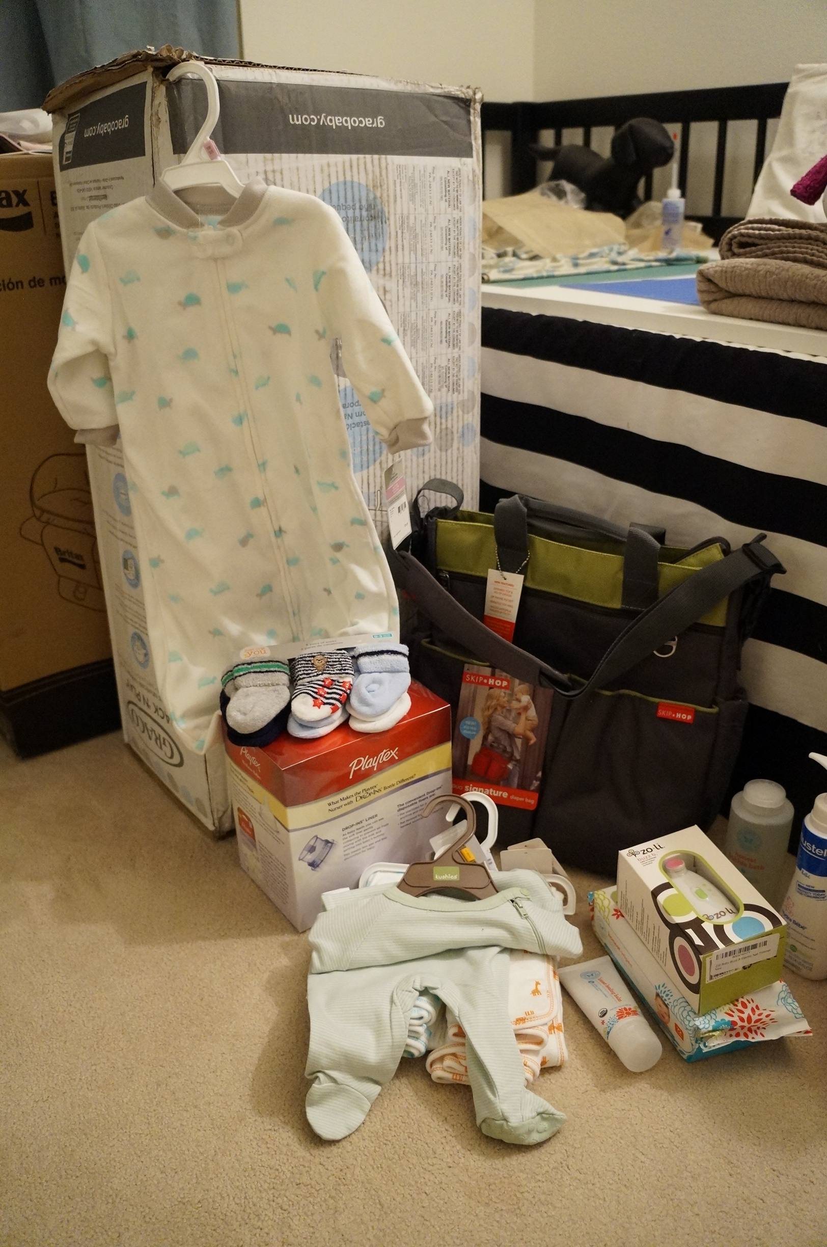 I thank my friends for avoiding pastel blue, and such practical gifts! I had coffee Saturday morning and I couldn't sleep after 2am, so I spent some time in the baby's room looking at each gift again. Can't wait to use them on the baby!
