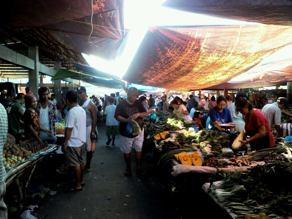 Philippines-farmer's market.jpeg
