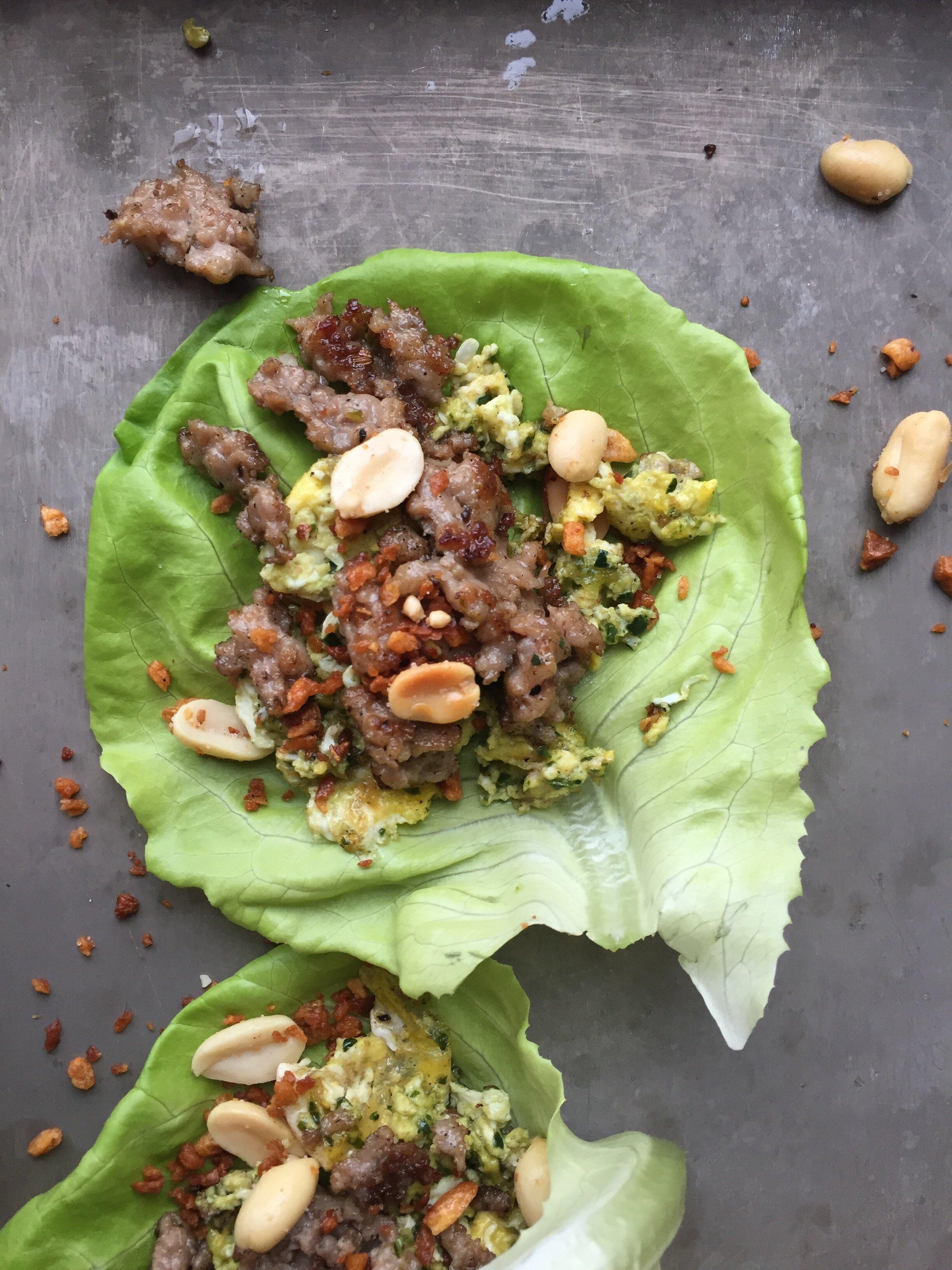 Here's Your Breakfast! Spicy Butterhead Lettuce Wrap
