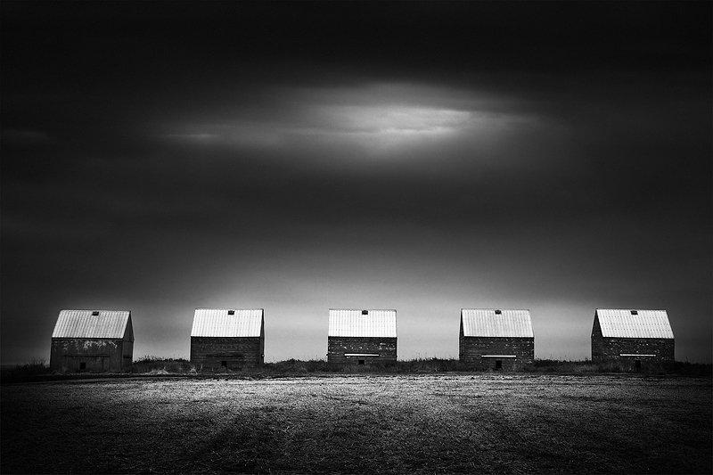 7-olivier-du-tre_five-shacks.jpg
