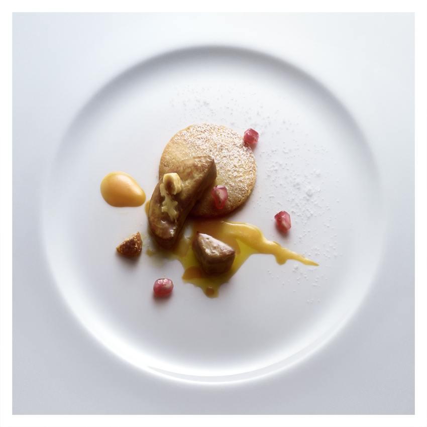 34-sable-foie-gras-fruits-secs_peter-lippmann.jpg