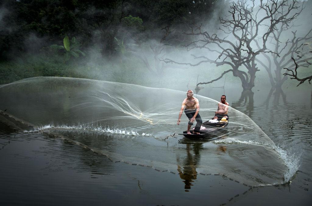 © Minwei Yan, China, 3rd Place China National Award, 2014 Sony World Photography Awards