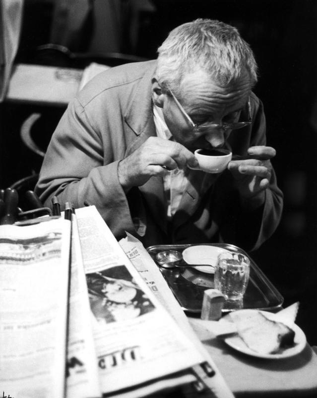 Regular guest at the Café Hawelka, Vienna – Franz Hubmann, 1956–57