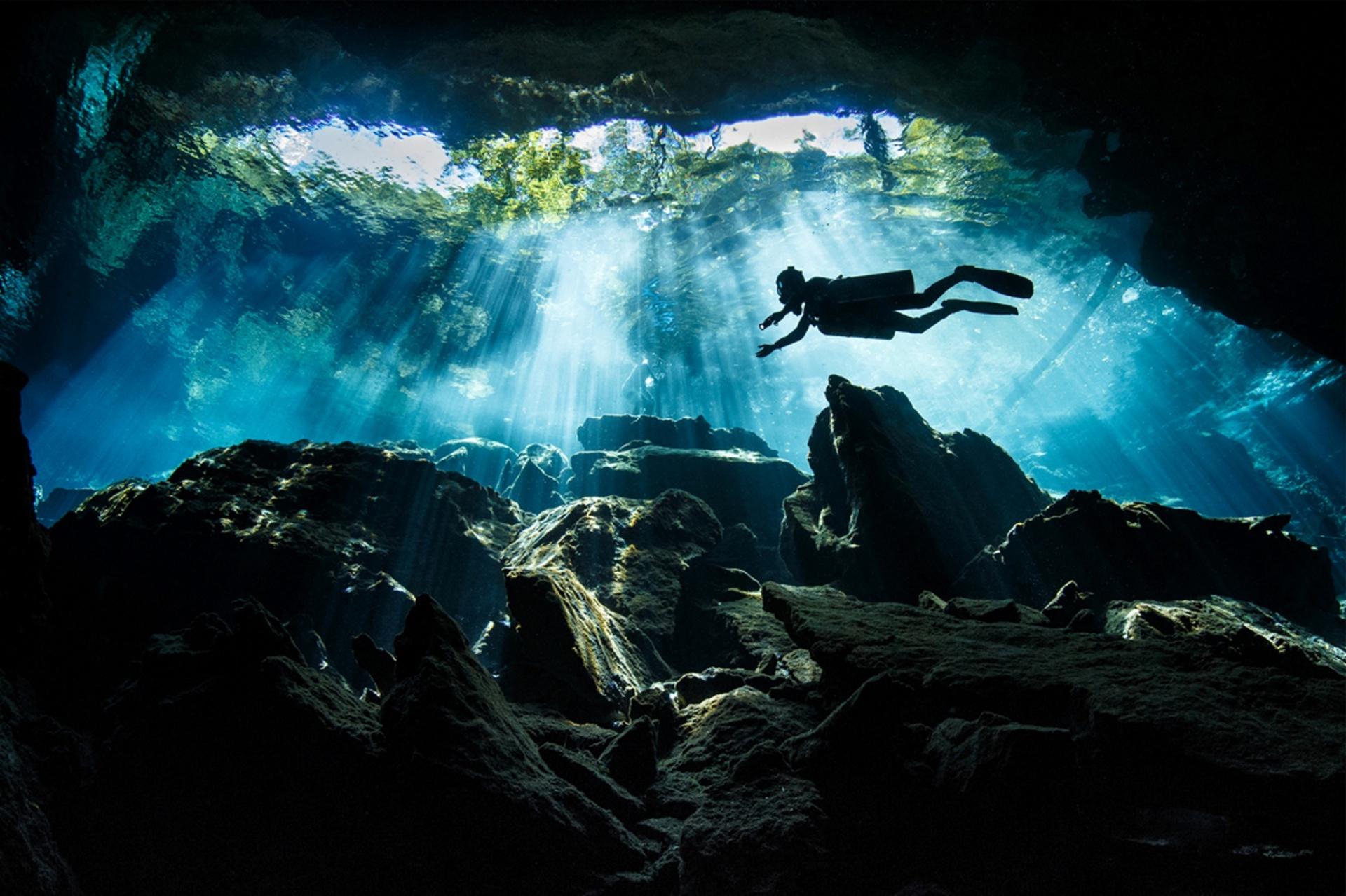 Spirit of Adventure runner-up, Terry Steeley, UK Kulkulkan Cenote, Riveria Maya, Mexico Photograph: Terry Steeley/TPOTY