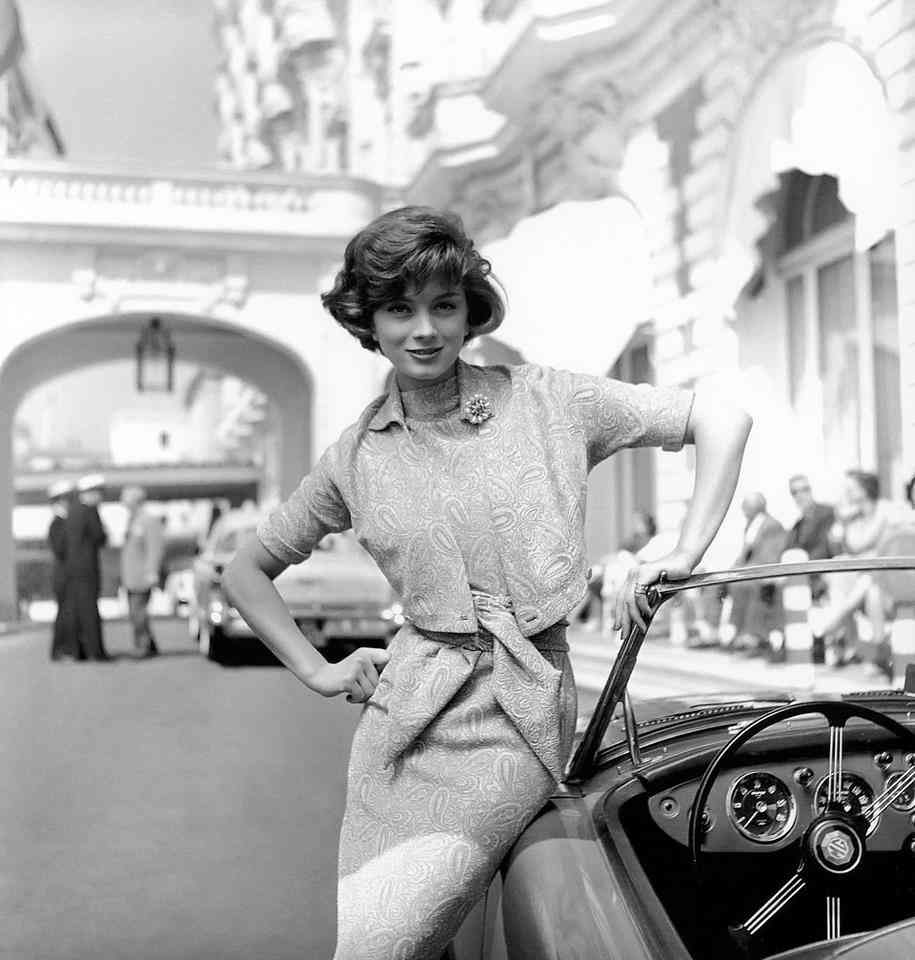 Marie-Hélène Arnaud and her MG, Carlton Hotel, Cannes,  1957,  photo by Georges Dambier