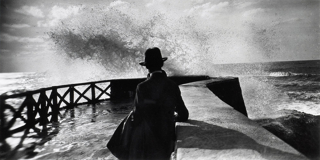 Jacques Henri Lartigue,Storm in Nice, 1925
