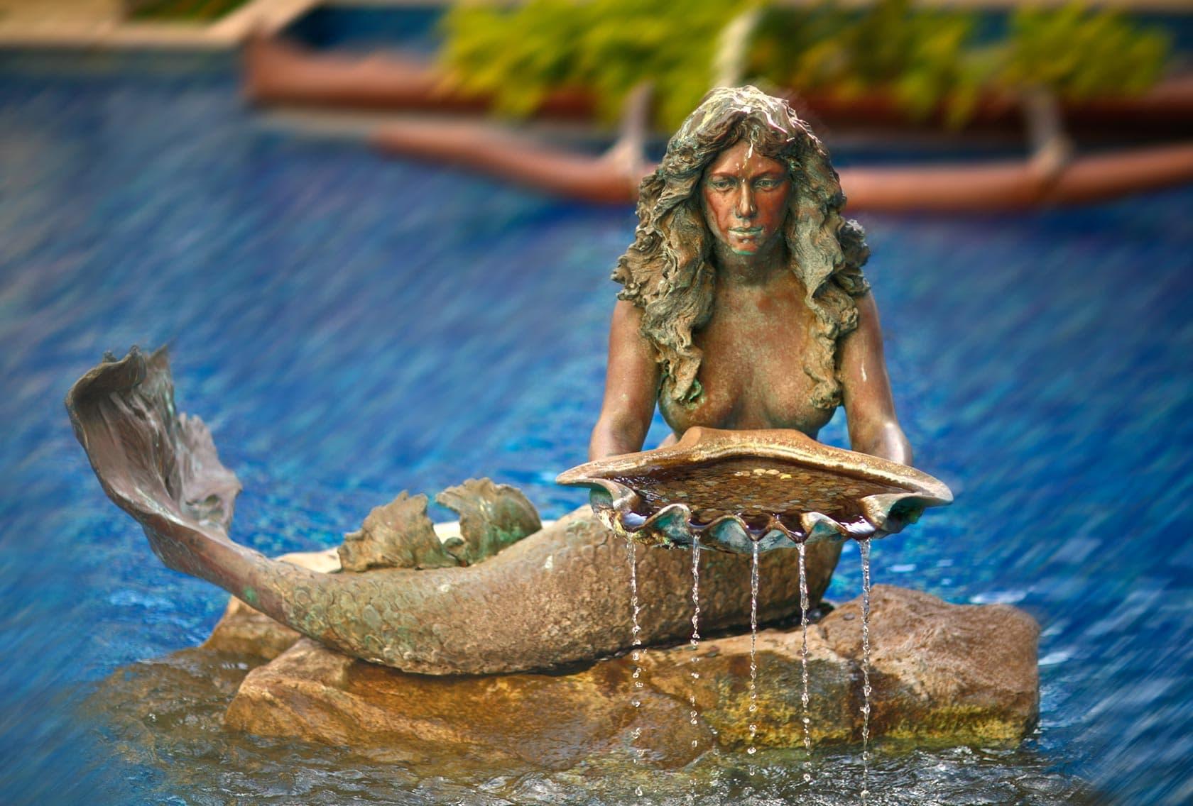 mermaid-sculpture-fountain-pool-1680x1136.jpg