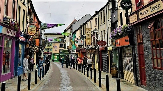Killarney— a great place to walk & shop