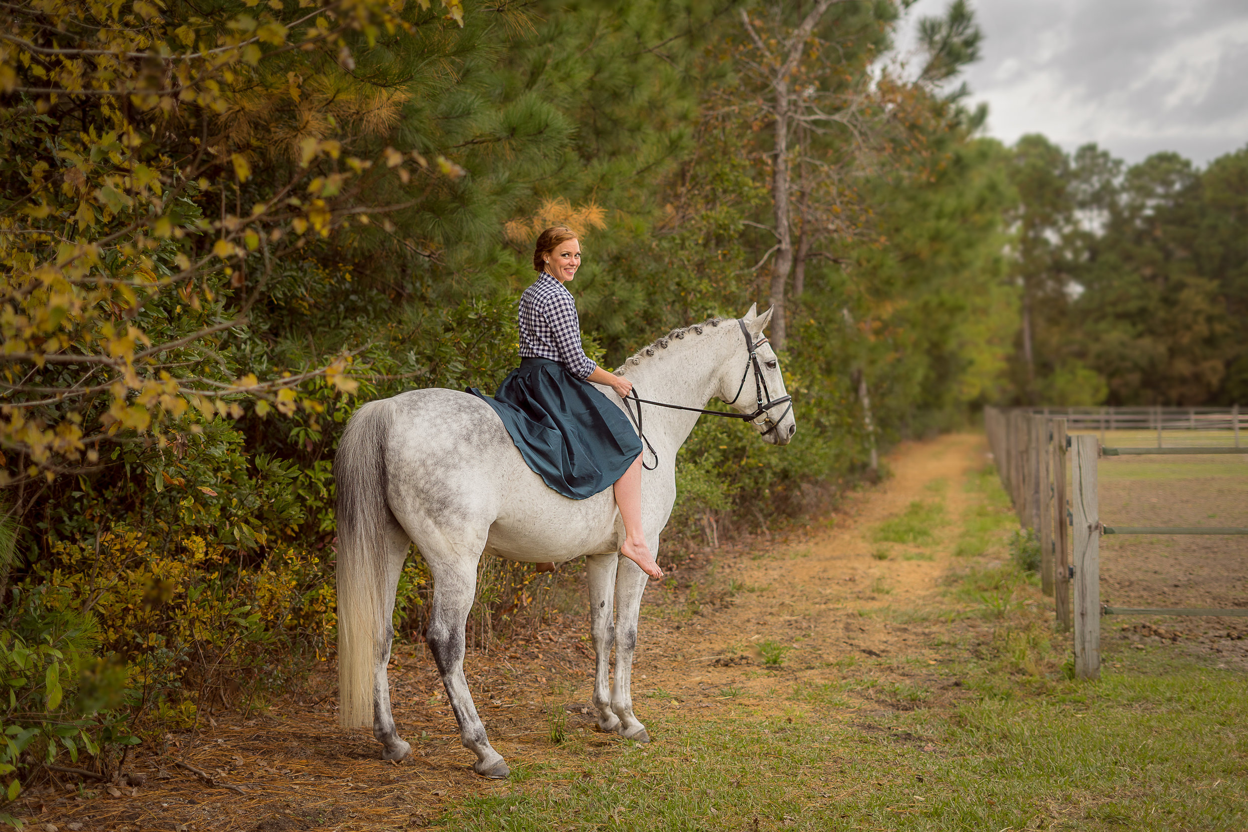 Ashley and Talladega are a once in a lifetime pair. When I shot this I knew I wanted it to look like an oil painting. It's so classically beautiful and timelessly stylish, just like the two of them. Adore working with them each year!