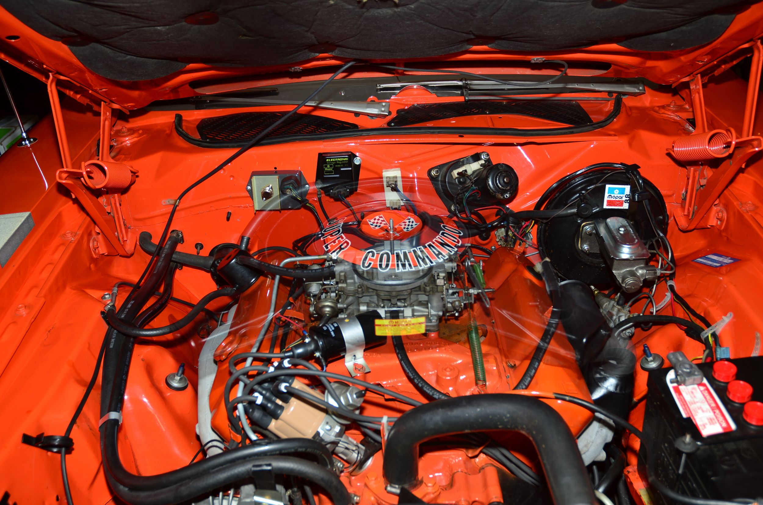 1971 Plymouth Gtx 440 engine compartment