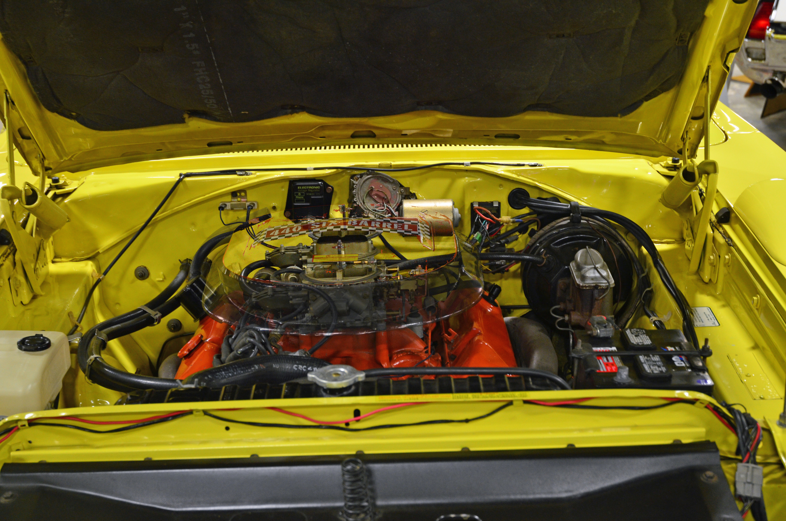 Plymouth Superbird 440 six pack engine compartment