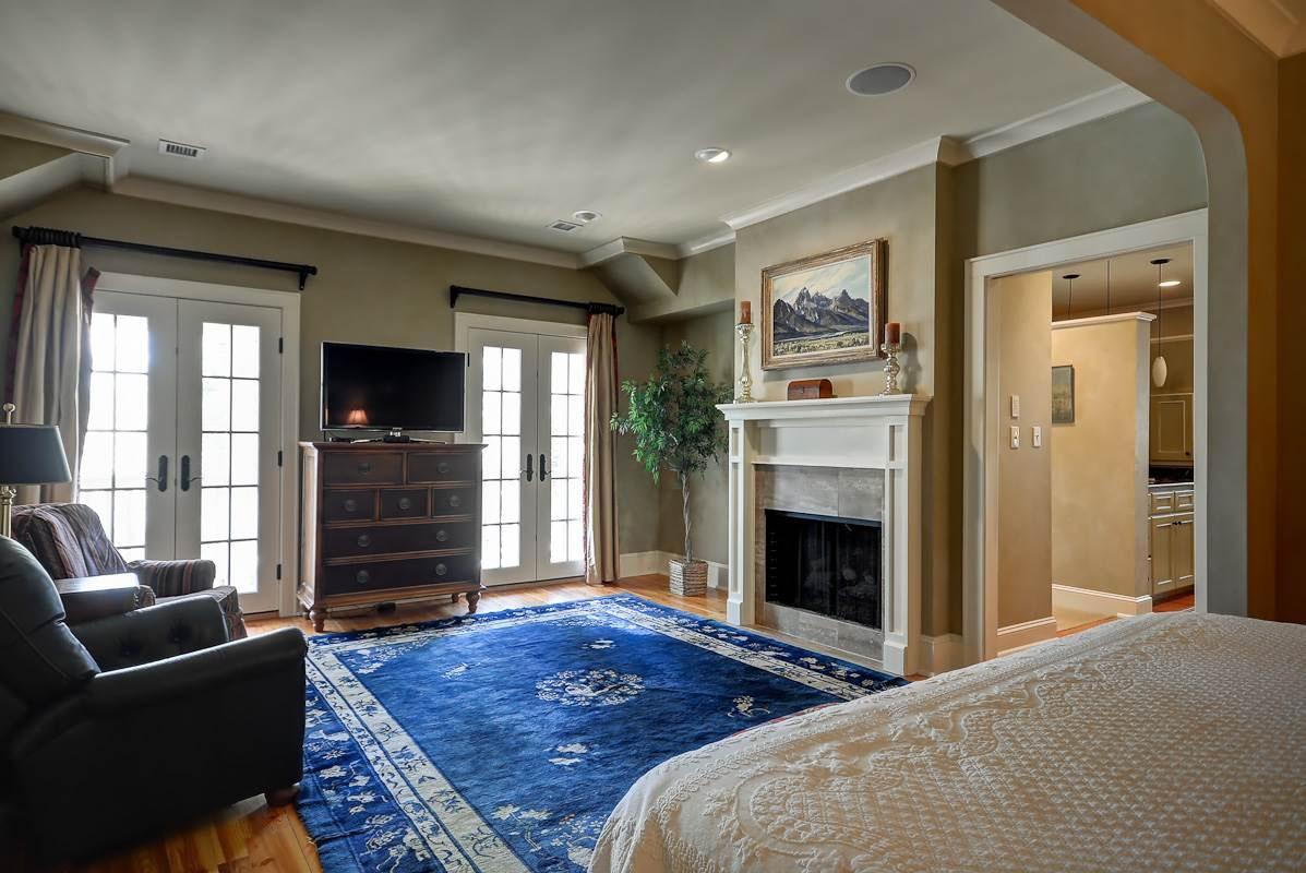 Horvath-Master-Bedroom.jpg