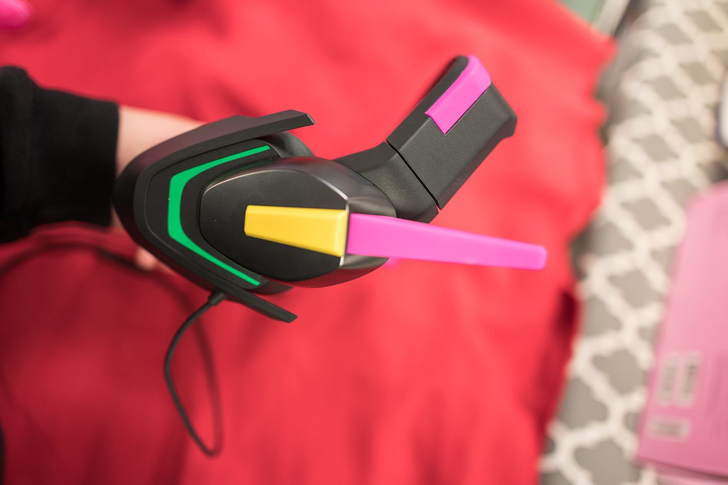 Side view of the headset
