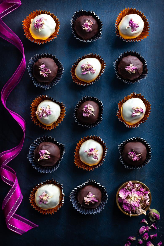 TFU - Christmas Chocolate Rose Truffles
