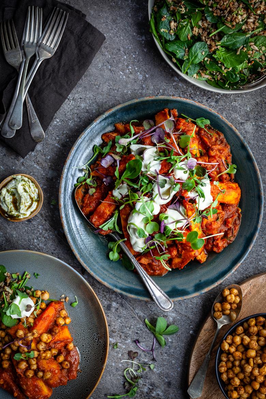 MM - Vegetable Tajine with Spiced Chickpeas & Salad