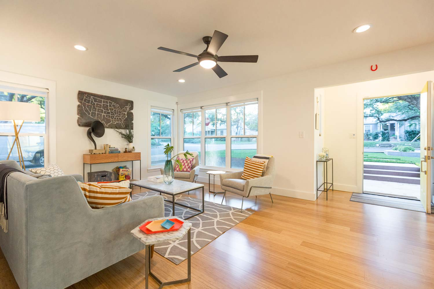 The formal living room has been completely remodeled with new windows and finishes. We love the entry nook common in 1940s homes. The durable bamboo floors are perfect for a family friendly home!
