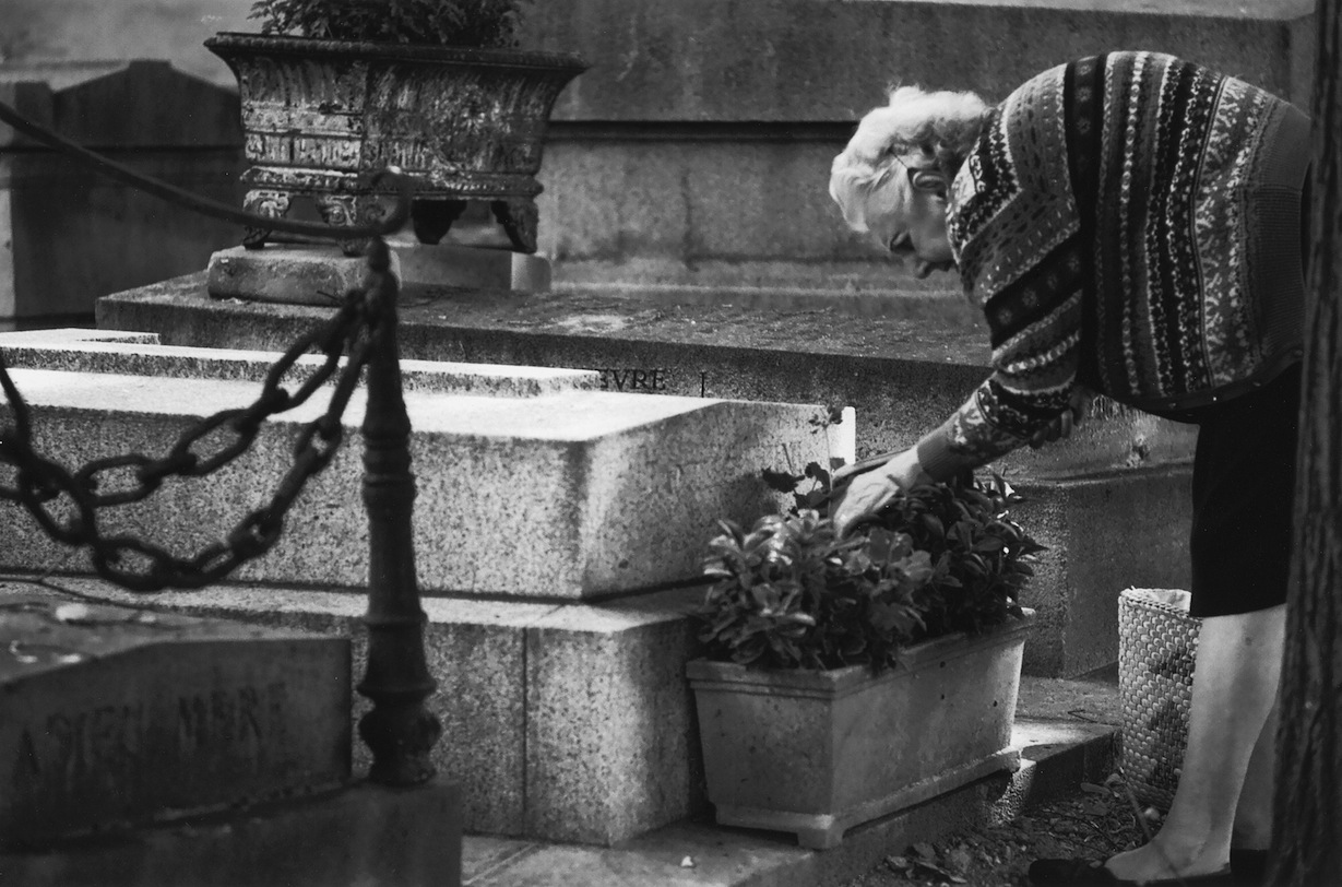 Cimetière Père Lachaise | Paris in Black and White | Bill McClave