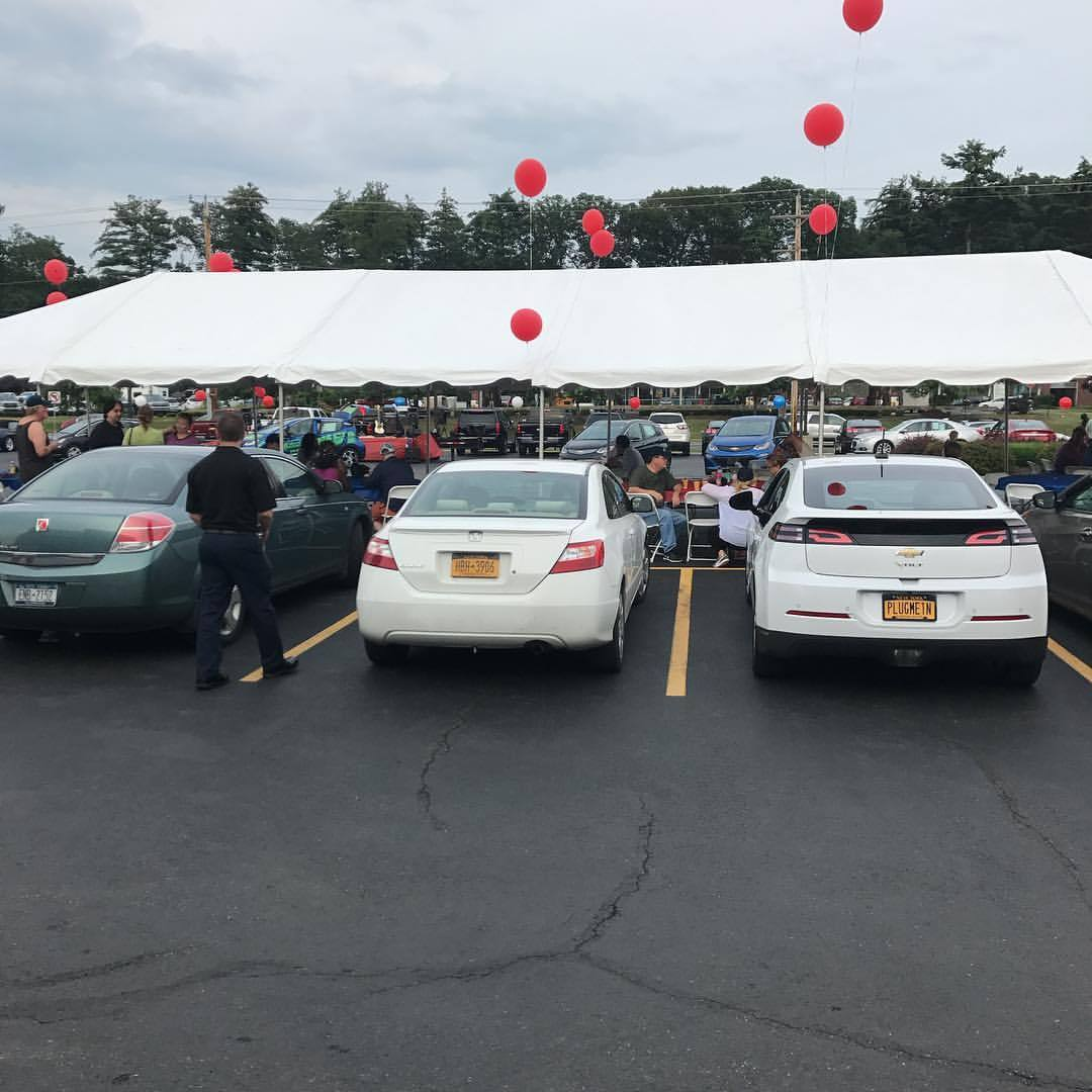 Amazing #driveelectrichudsonvalley @romeocars EV event. This is an event. People are buying electric cars @satt_mpoth so #bigup #wattup