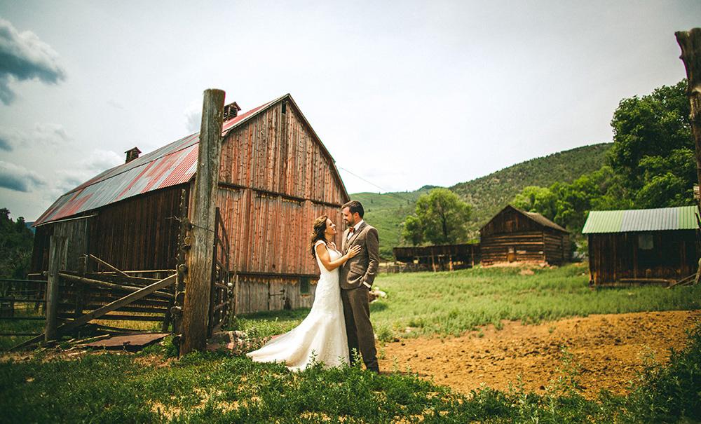 Barn Bride Groom Wedding Portrait Colorado.jpg