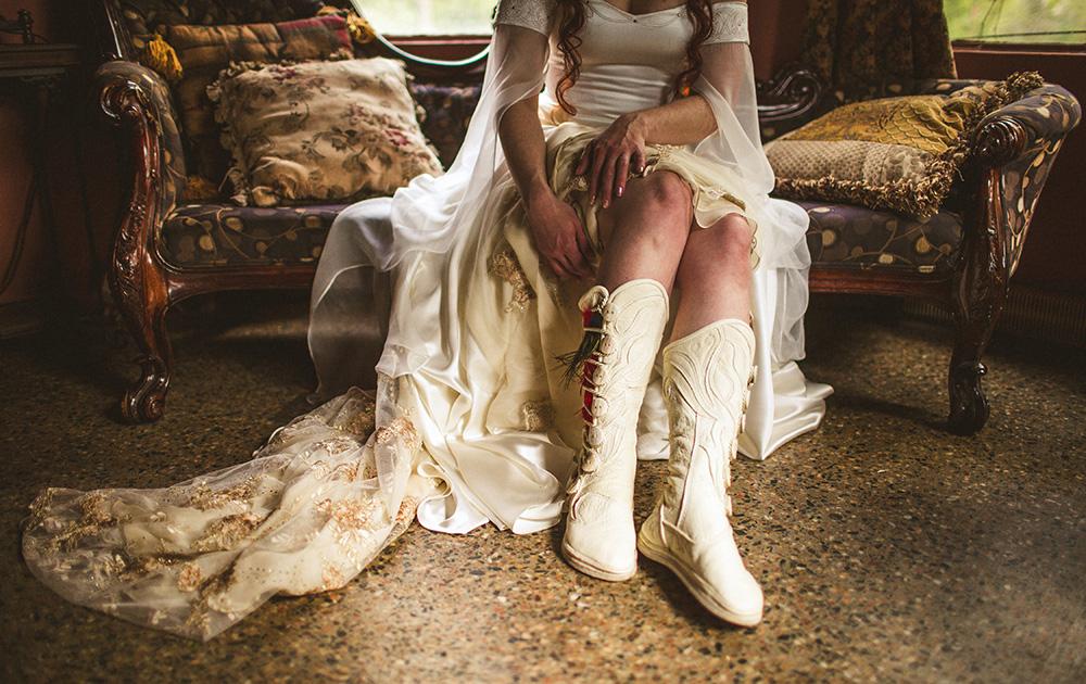 Heather Bobby Dunafon Castle Wedding-0007.jpg
