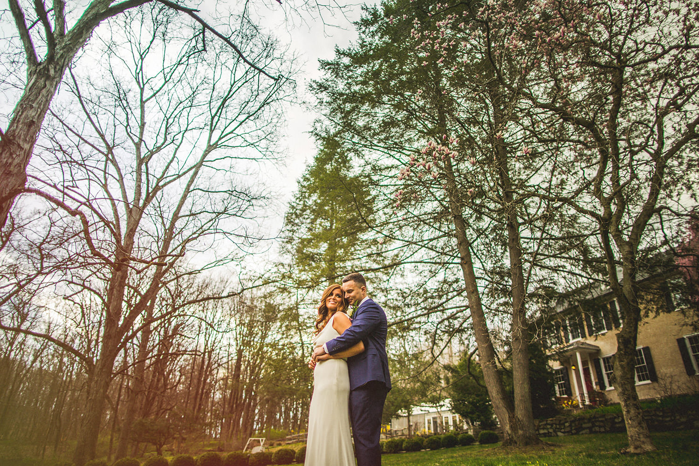 HollyHedge Wedding Bride and Groom