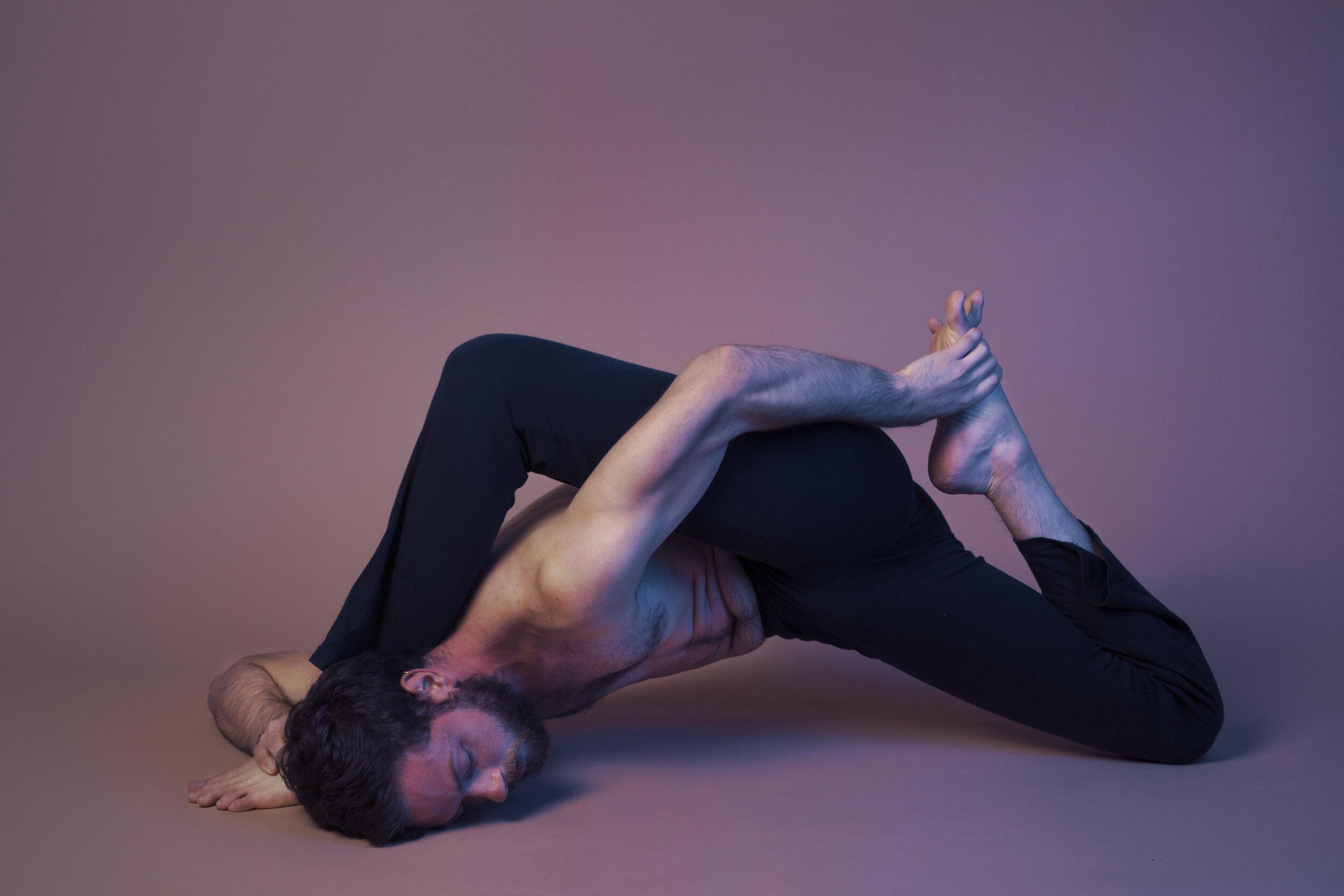 Raphael Melo Yoga 20118.jpg