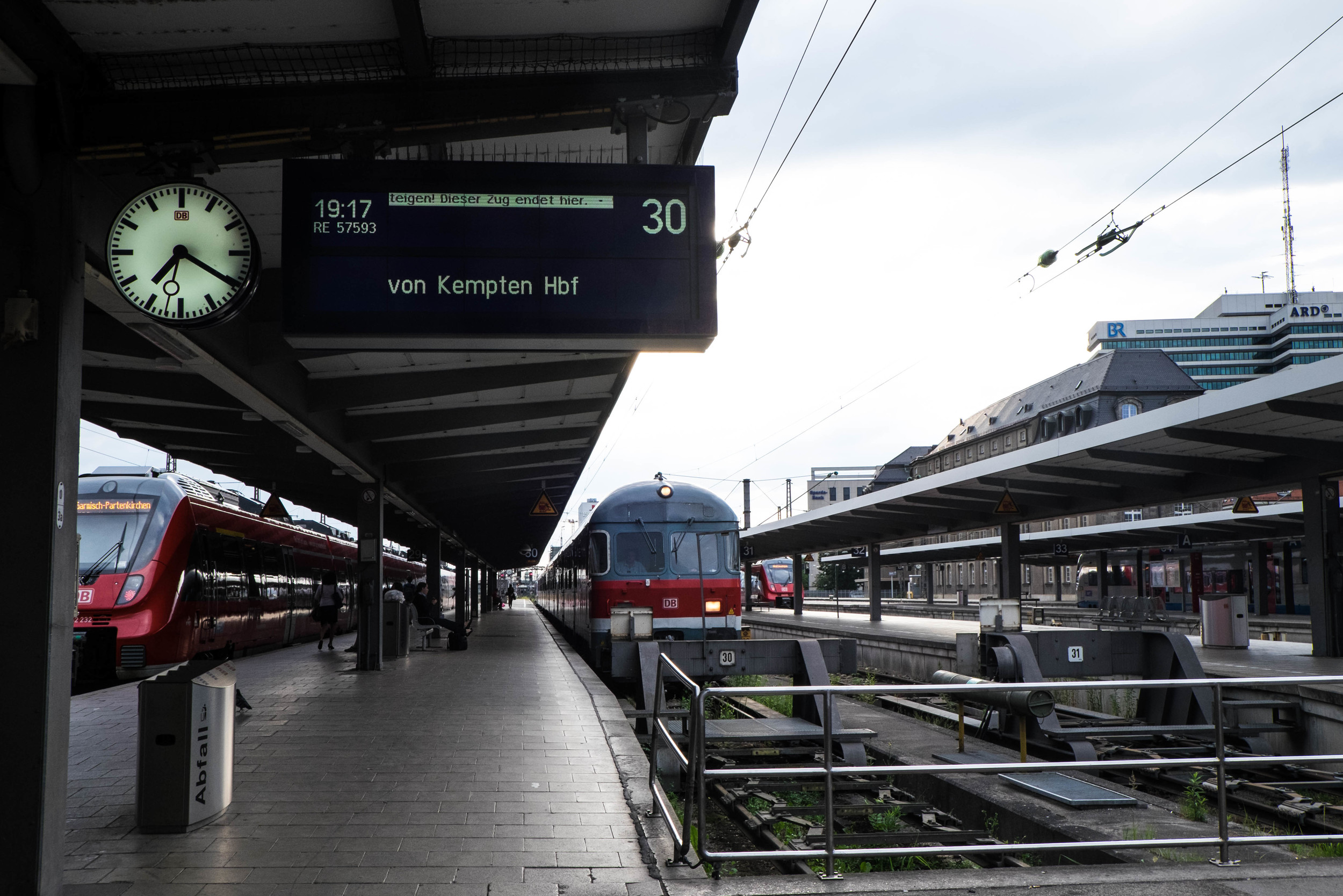 Train transfer at Munich station to Seeg via von Kempten Hbf.