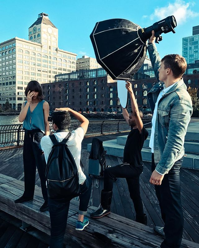 A behind the scenes look from the @freidarothman FR Signature campaign with the gorgeous @laryarcanjo1 who we shot in the iconic DUMBO, Brooklyn. It was a crazy day of traveling from one location to another, shooting outside, while it was raining. Thanks to an amazing team of creatives for making it happen so smoothly. 