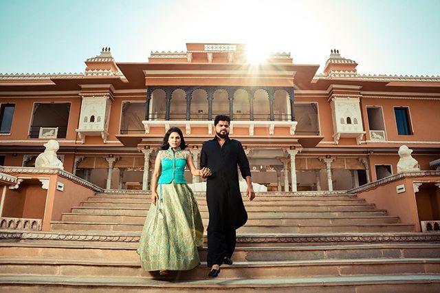 @aashna_b_thaker x @thakerbhrugu anniversary portraits at @fatehgarh in @udaipurcity.  @nikonusa @elinchrom_ltd @desaidhrumil @india  #Udaipur #India #Nikon #FatehGarh #photoshoot #palace #travel #couple #couplegoals #love #photography #ootd #fashion #rajasthan