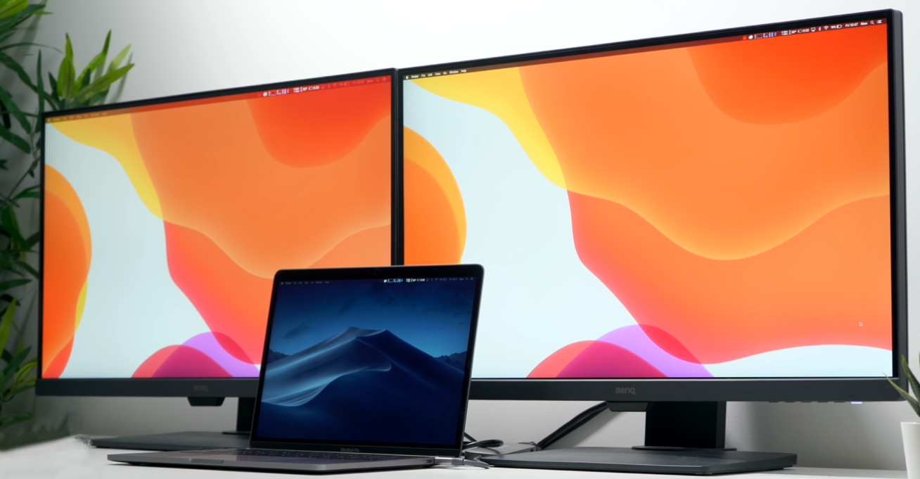 "The 13"" MacBook Pro can be connected to external monitors via Thunderbolt 3"