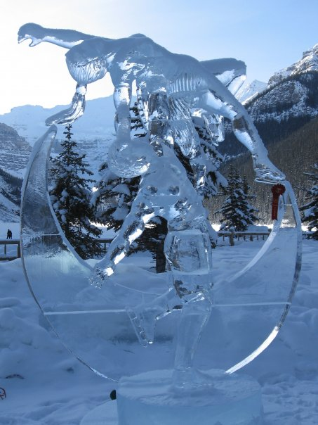 iceskaters.jpg