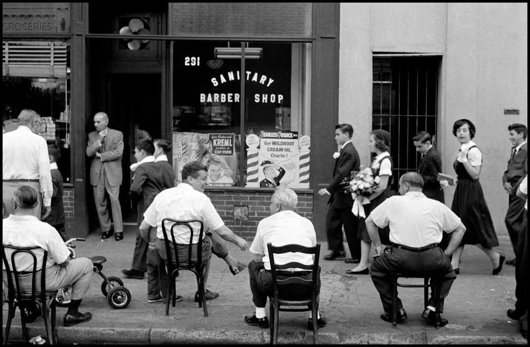LIttle Italy, NYC, 1956.  Credit, Leonard Freed