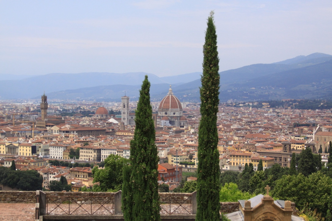 A panoramic view of Firenze from San Miniato di Monte