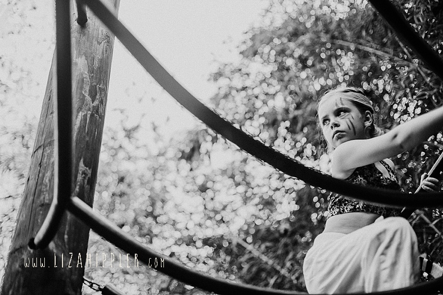 fierce little girl climbs jungle gym nashville zoo